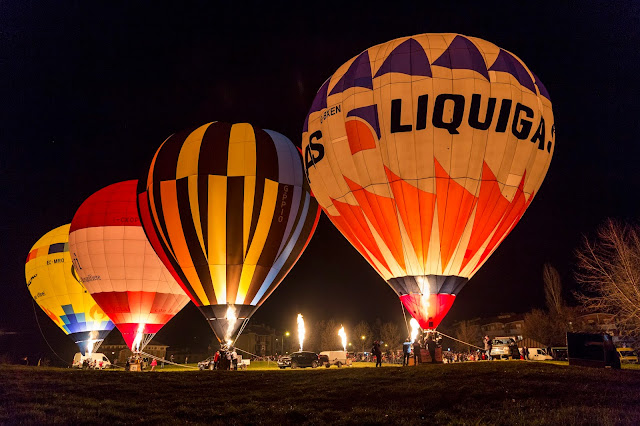 night glow raduno epifania mondovì 2019 hot air ballons cuneo piemotne italia 6 gennaio
