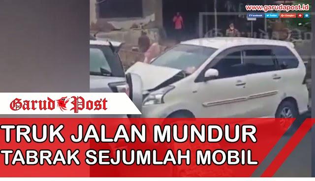 Video : Tak Kuat Menaiki Tanjakan, Truk Ini Jalan Mundur Dan Tabrakan Sejumlah Mobil