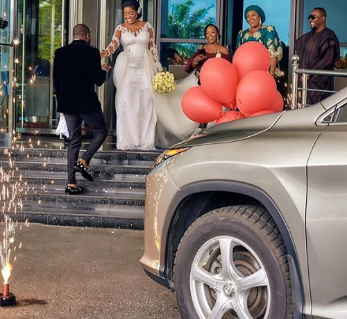 Man Surprises Wife With New Car On Their Wedding Day (Photos)