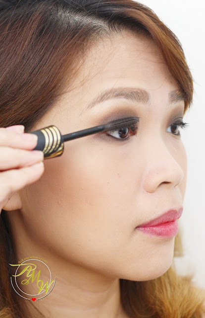 a photo of Max Factor NEW Smokey Eye Drama Kits and Max Factor False Lash Effect Velvet Volume Mascara