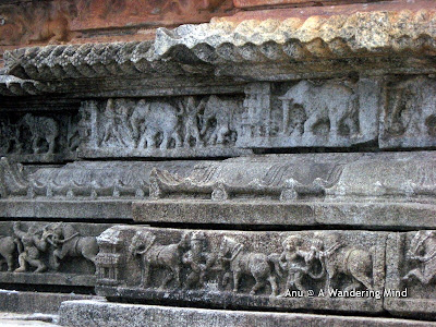 Carvings on the outer wall of the Vidya shankara temple, Sringeri