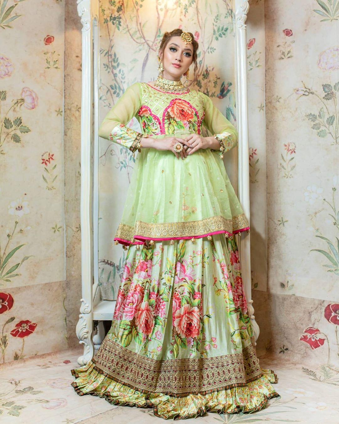 Ehd-e-Wafa Actress Momina Iqbal Majestic Looks from Bridal Photo Shoot