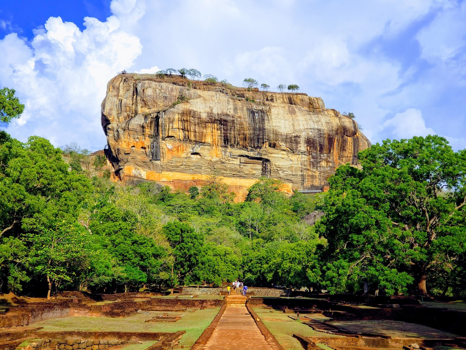 200 meters high Sigiriya Rock and fortress at the top
