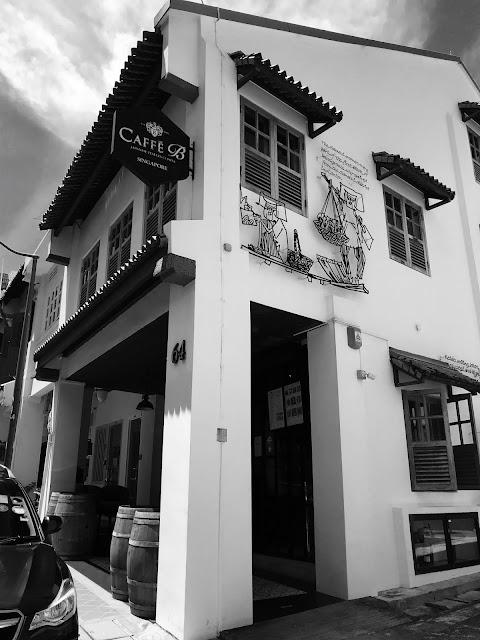 Caffé B, Club Street