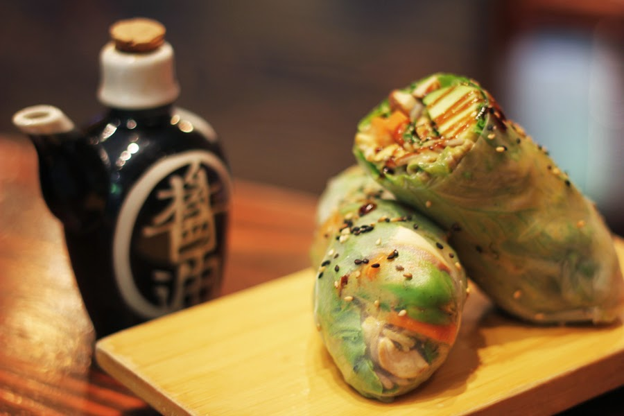 summer rolls beyond sushi new york chelsea market
