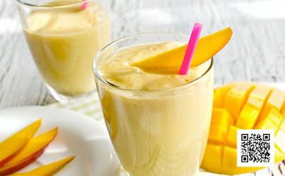 طريقة تحضير مشروب عصير الزبادو بالمانجو والخوخ