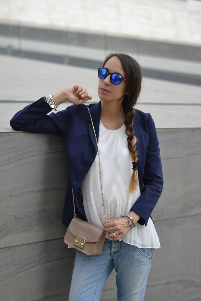 occhiali da sole specchiati blu