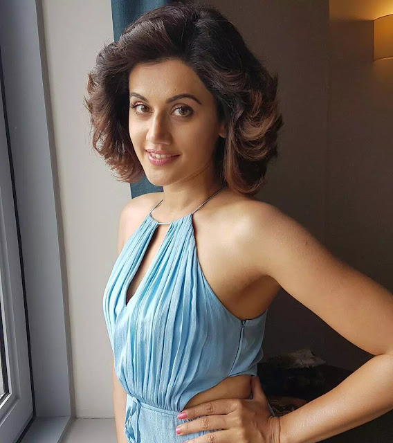 Taapsee Pannu Wavy Bob With Curls