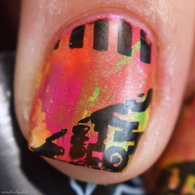 neon-smoosh-mani-moyou-london-pro-02-macro