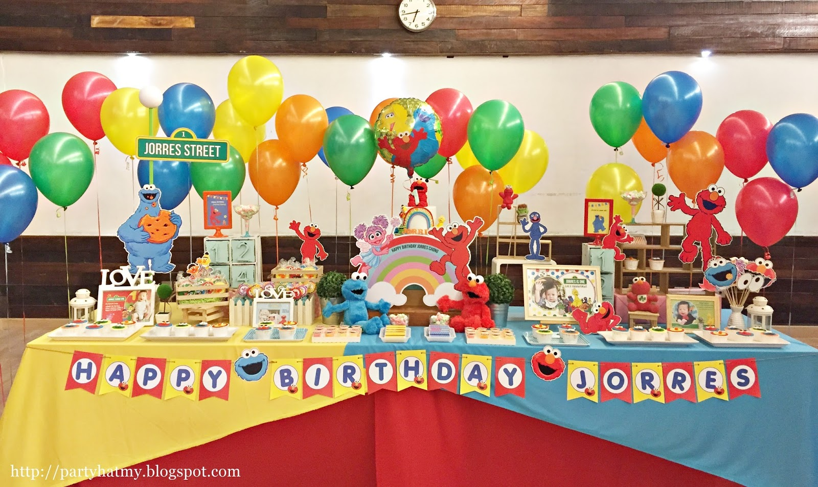 Jorres Sesame Street First Birthday Party