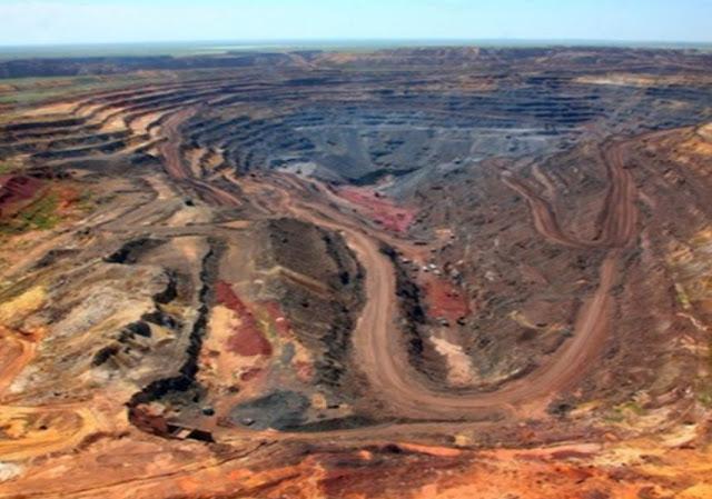 Κρίση πετρελαίου και σπάνιων γαιών