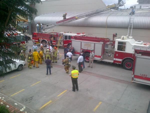 Incendio en mall de Cuenca
