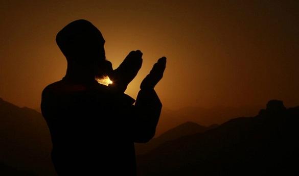Inilah Bacaan Doa Qunut Saat Sholat Subuh Bagikan Info Penting ini !!!