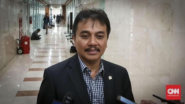 Premium Mau Dihapus dengan Dalih Tak Ramah Lingkungan, Roy Suryo: Masyarakat Dipaksa Beli Pertamax?