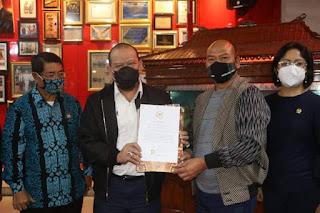 Kunjungi Taput, Ketua DPD RI Juga Setuju IAKN Jadi Universitas Negeri