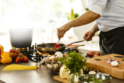 You Must Have This Cooking Equipment When You Are A Chef at Home