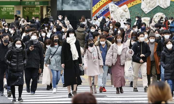 الفيروس المتحور كورونا الجديد في كل من لبنان واليابان وإيرلند ، وتركيا تعلن فعلية اللقاح الصيني لكوفيد-19