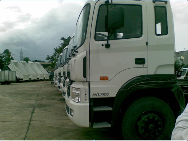 Hyundai 14 tấn nhập khẩu