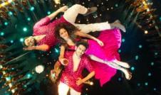 Sonu Ke Titu Ki Sweety hindi film song Chhote Chhote Peg  by Yo Yo, Neha Kakkar top 10 hindi song week 2018