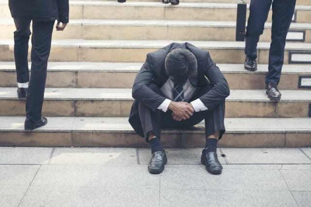 Ανεργία και ψυχολογία: Πώς θα βοηθήσεις τον εαυτό σου για να βρεις ξανά δουλειά