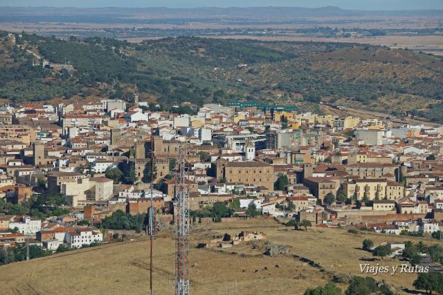 Vistas de Cáceres desde el Santuario de la Virgen de la Montaña