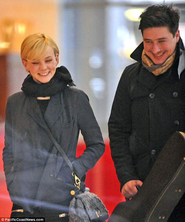 Carey Mulligan Marries Mumford & Sons Marcus Mumford