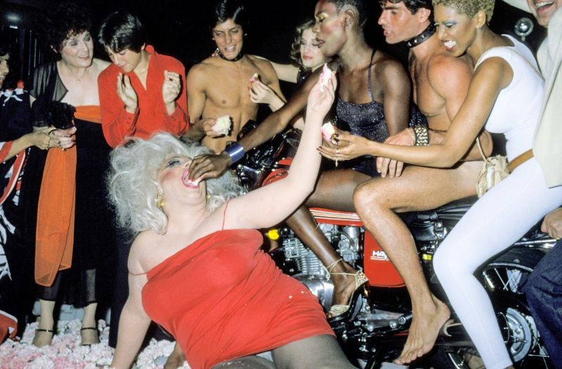 Photos of Grace Jones Celebrating Her 30th Birthday With Friends in 1978