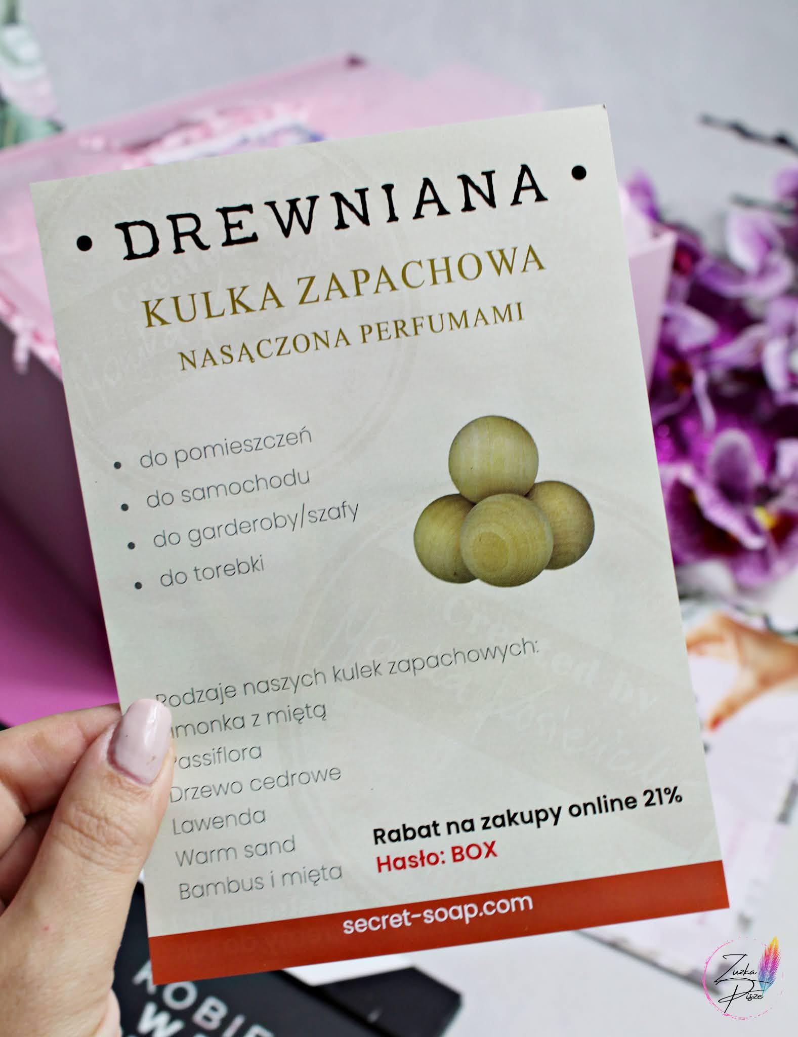 THE SECRET SOAP STORE Drewniana kulka zapachowa