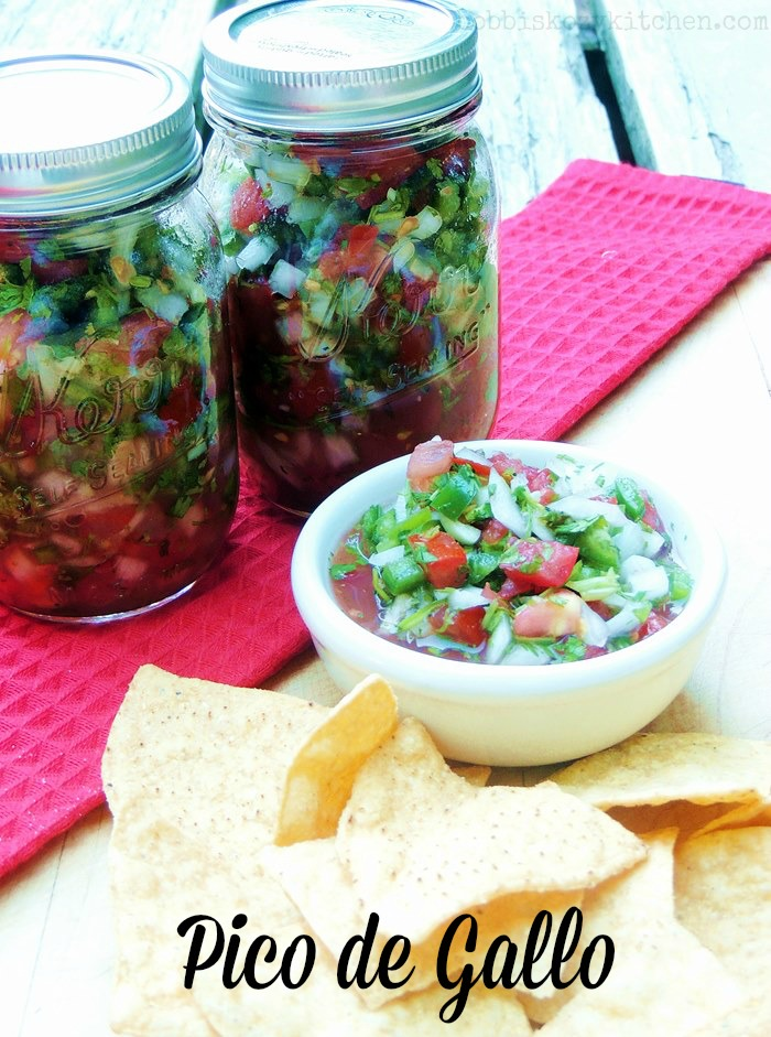 There is nothing better than fresh homemade pico de gallo and this recipe is the best! #salsa #mexicanfood #homemade #DIY #picodegallo #easy #recipe | bobbiskozykitchen.com