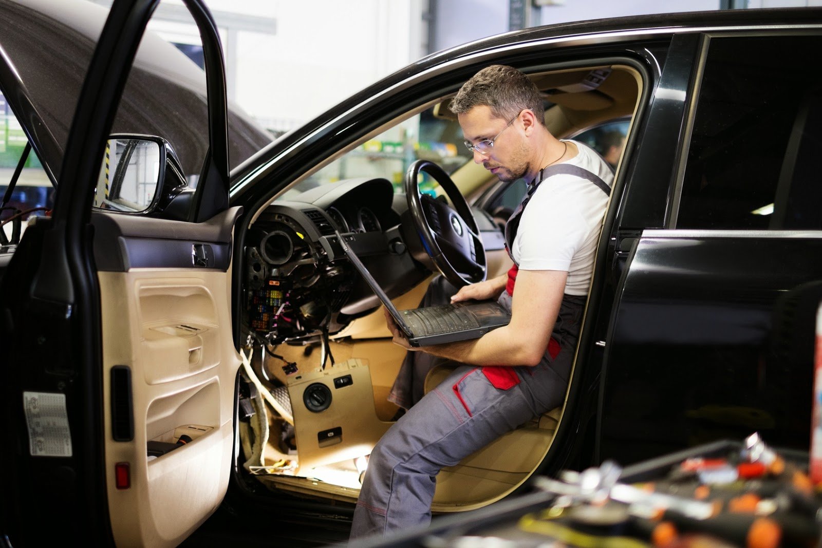 Benefits Of Taking The Services An Auto Electrician Regularly Pics Photos Do It Yourself Is Recommended That You Get A Few Common Inspections Done On Your Vehicle Periodically True Can Certain Checks