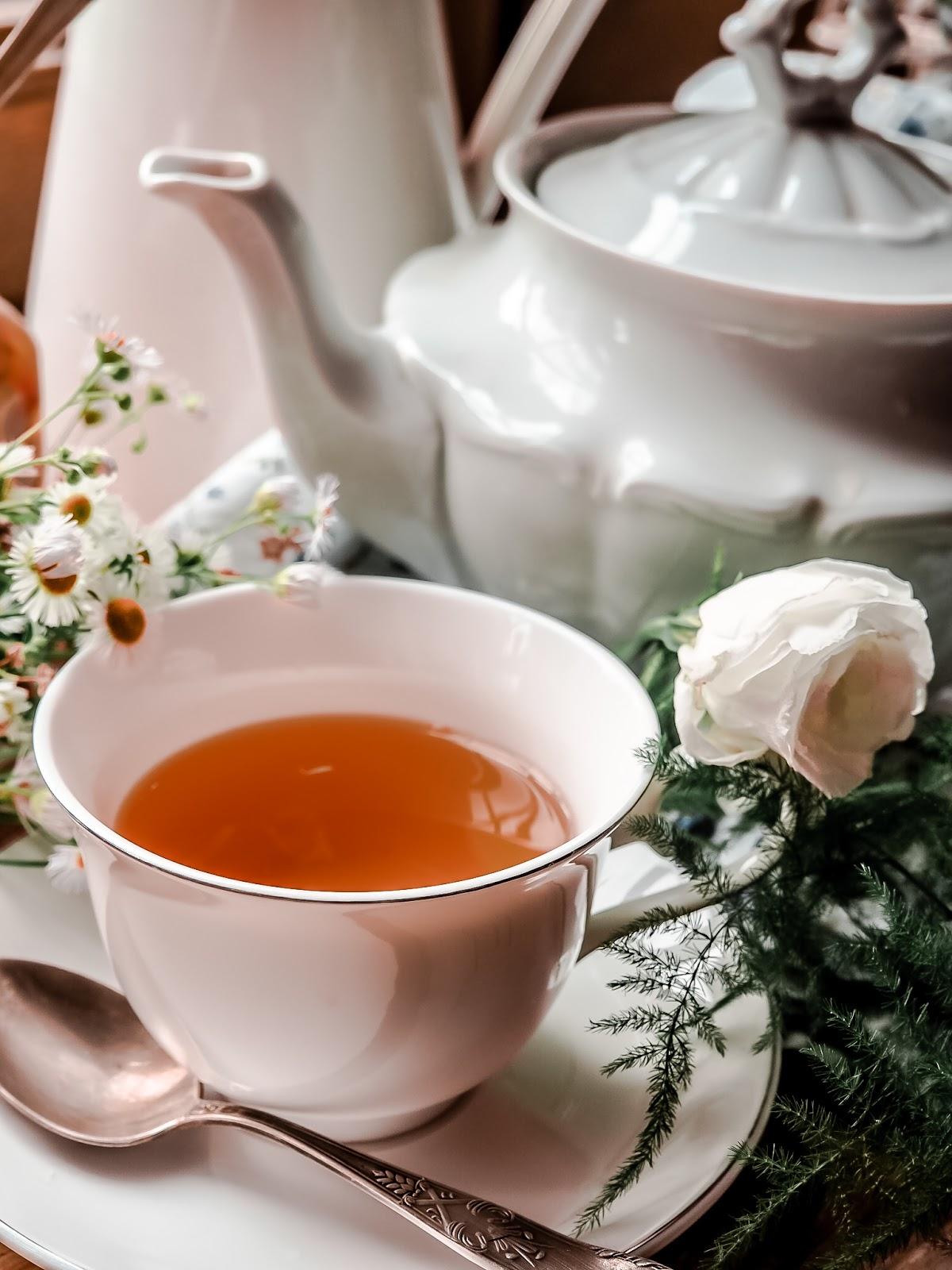 jak-zrobic-wlasna-herbate,ziola, co-suszyc,