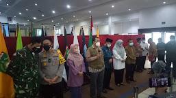 Gubernur NTB Ajak Bupati/Walikota Serap Beras Petani Lokal