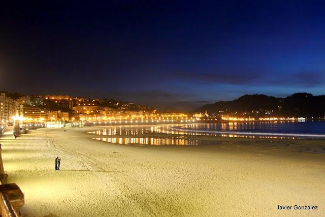 Playa de Ondarreta. La Concha. San Sebastián. Vista nocturna