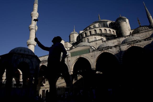 Tα Erdoganomics και η... στρατηγική της Άγκυρας