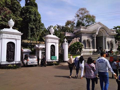 Kebun Raya Bogor, Wisata Murah Meriah yang Wajib Dikunjungi