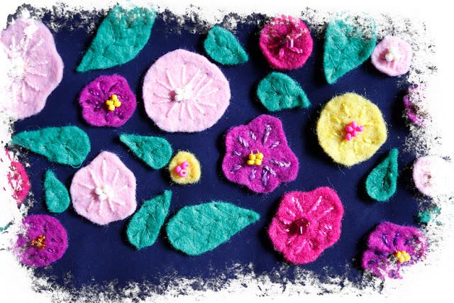 Estuche con flores bordadas en fieltro
