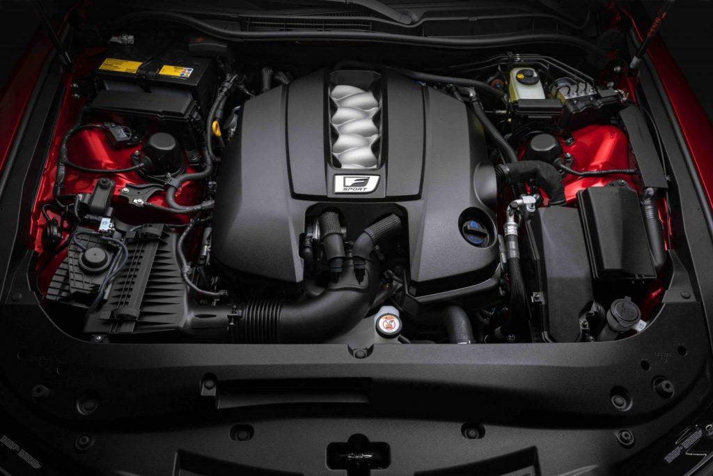 طراز لكزس آي إس 500 إف سبورت بيرفورمانس - المحرك