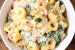 Creamy Tortellini with Spinach & Tomatoes #dinnerrecipe #food