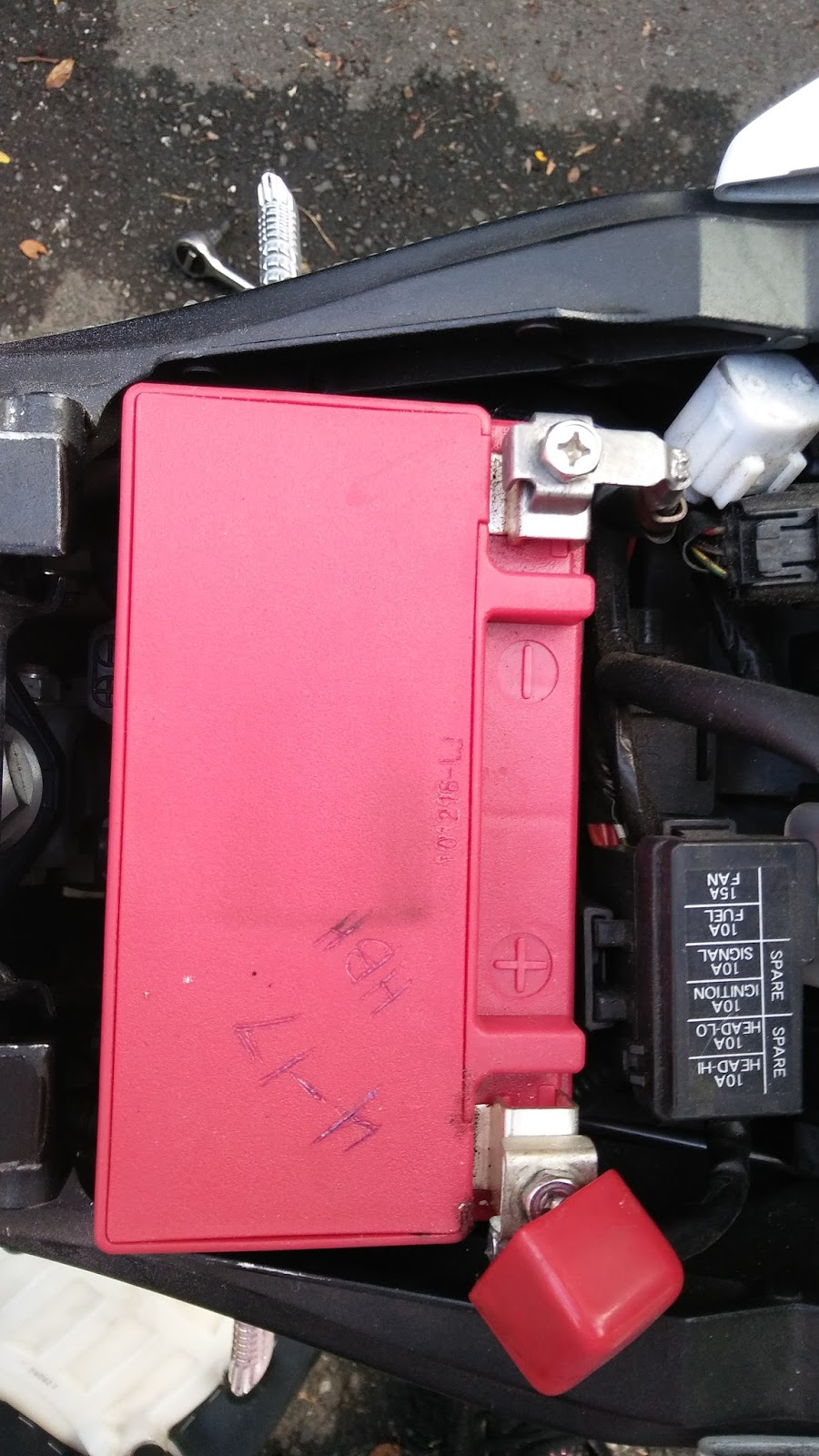 2011 Suzuki Gsxr 600 Clicking noise = Fi / F1 code C28 Secondary
