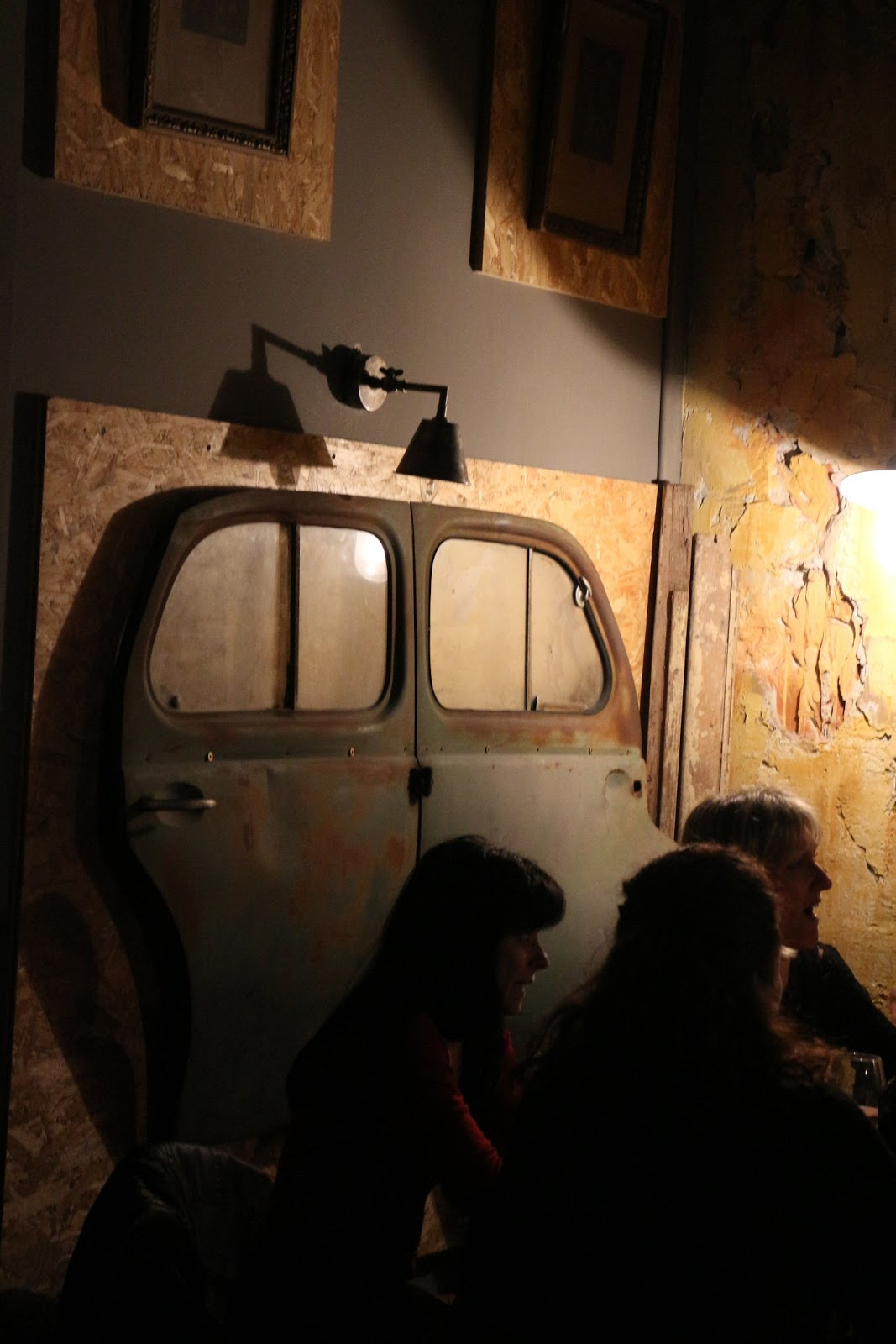 Nice Le Cafe Des Chineurs A Lovely Vintage Bar Near