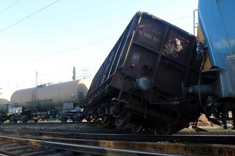Zavartalan a vonatközlekedés Miskolcon, ahol korábban kisiklott egy tehervonat