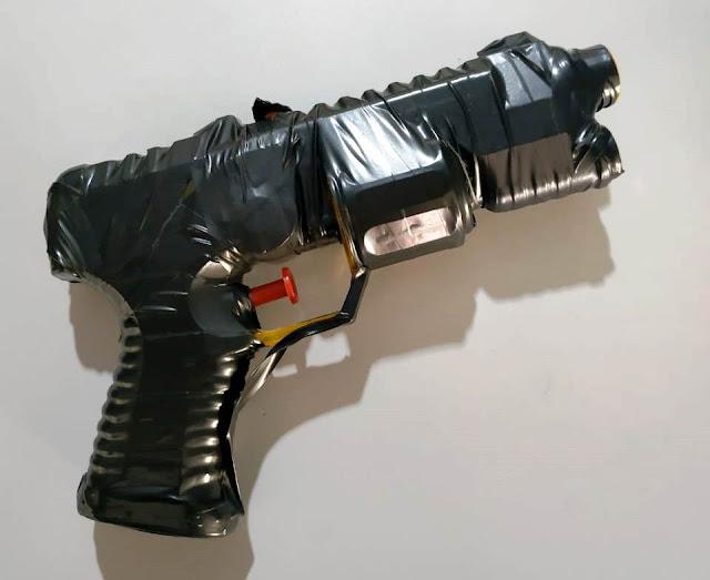 NOBRES: Adolescente foi detido com simulacro de arma de fogo