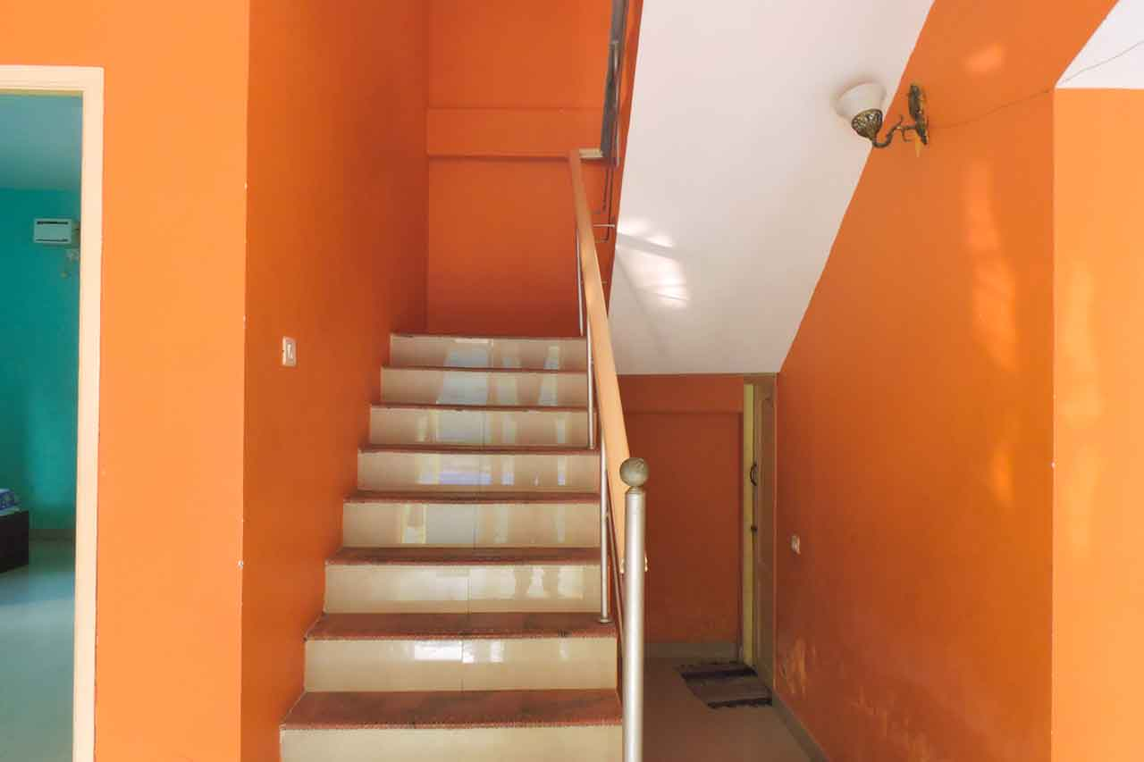 family stays independent beach house ecr
