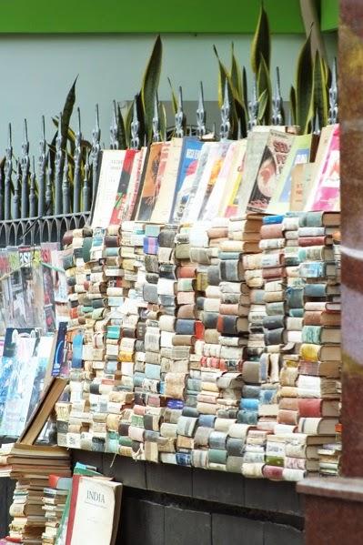 Beli Buku Dan Majalah Bekas Di Cikapundung Bandung Diary