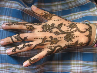 latest-pattern-of-traditional-african-mehndi-designs-for-hands-for-girls-1
