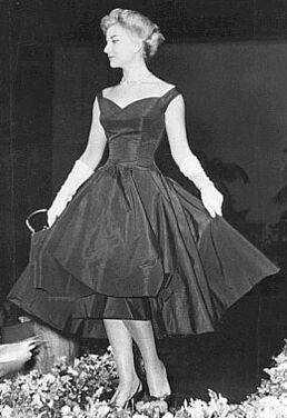 Universo Feminino  A moda na década de 50. 740088d8b0f98