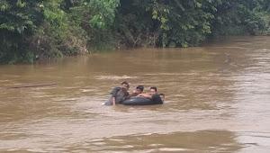 Bocah Kelas 5 SD Yang Tenggelam di Sungai Muaro Sekalo Belum Ditemukan