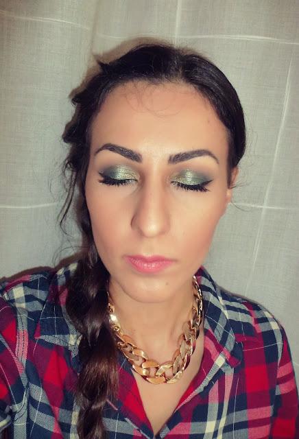 makeup for christmas