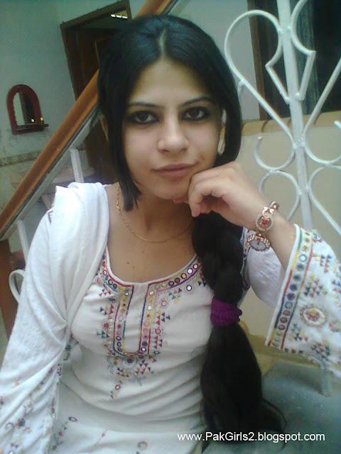 Indian neud teen photo