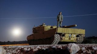 بقاذفات صواريخ.. تركيا تعزز نقاط المراقبة في إدلب (فيديو)